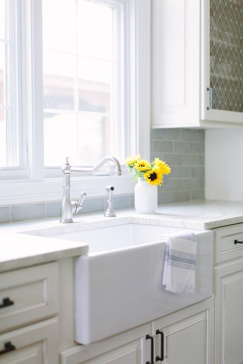 Small Kitchen Farm Sink : Small farmhouse Kitchen Sink and Vintage Faucet