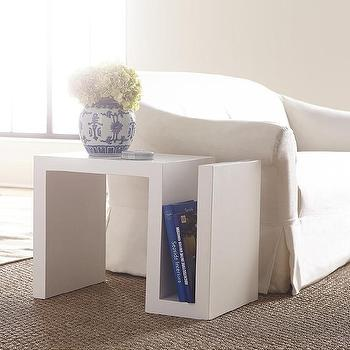 Superbe S Side Table In White