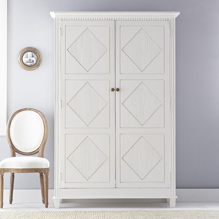 Incroyable White Swedish Armoire