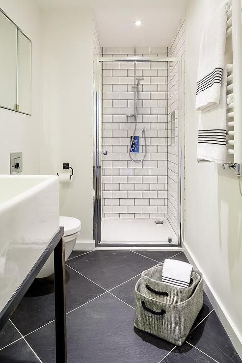 Black Diamond Pattern Bathroom Floors Contemporary Bathroom