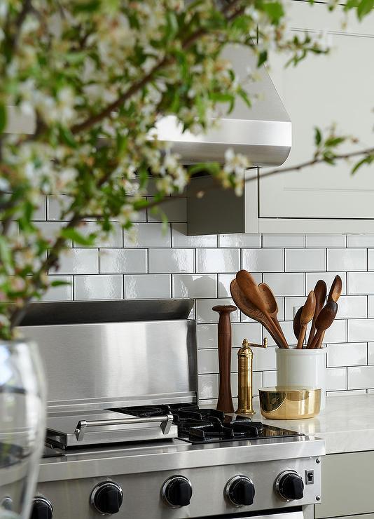 White kitchen subway tiles with dark grout contemporary for White kitchen with white tiles