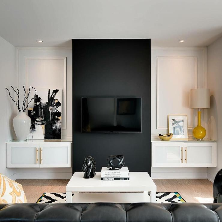 Black and white living room design ideas for Living room accent wall ideas