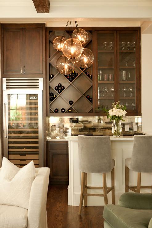 Attractive Wine Rack In Living Room Part - 8: Living Room Bar With Mirrored Backsplash