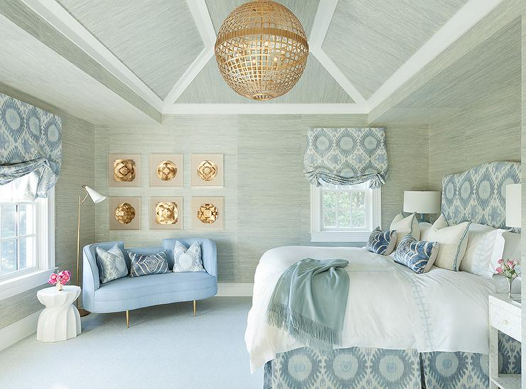 Blue and gray bedroom with grasscloth wallpaper for Blue wallpaper designs for bedroom