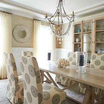 Cream And Gold Dining Rooms Design Ideas