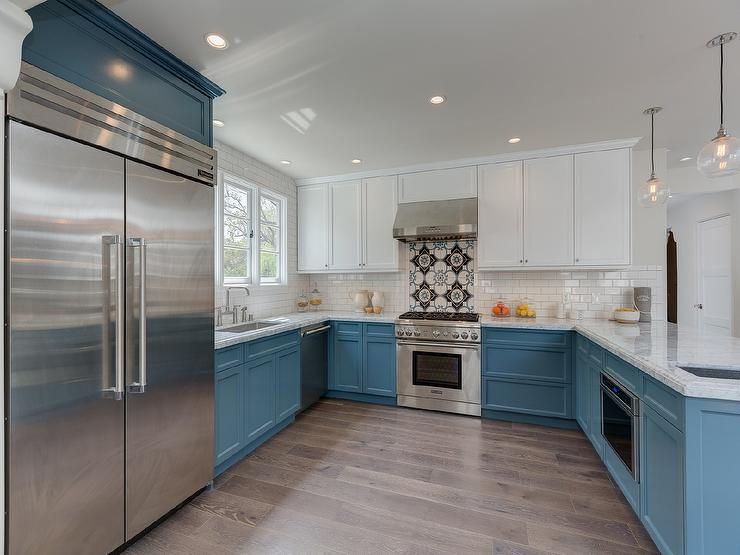 White upper cabinets and blue lower cabinets for Blue and white kitchen cabinets