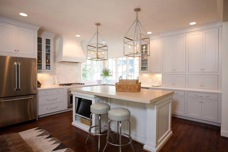 Kitchen Island With Flatscreen Tv Transitional Kitchen