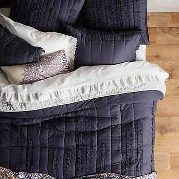 Draped Wisteria Navy Quilt