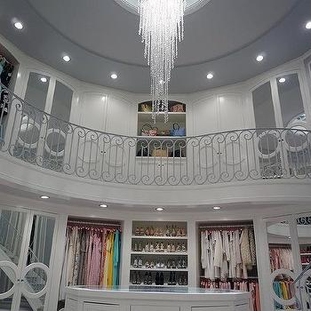 2 Story Closet With Oval Mirror Top Island