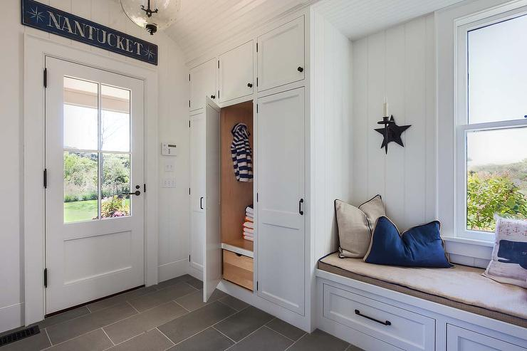 Cottage Mudroom With Vertical Shiplap Walls Cottage