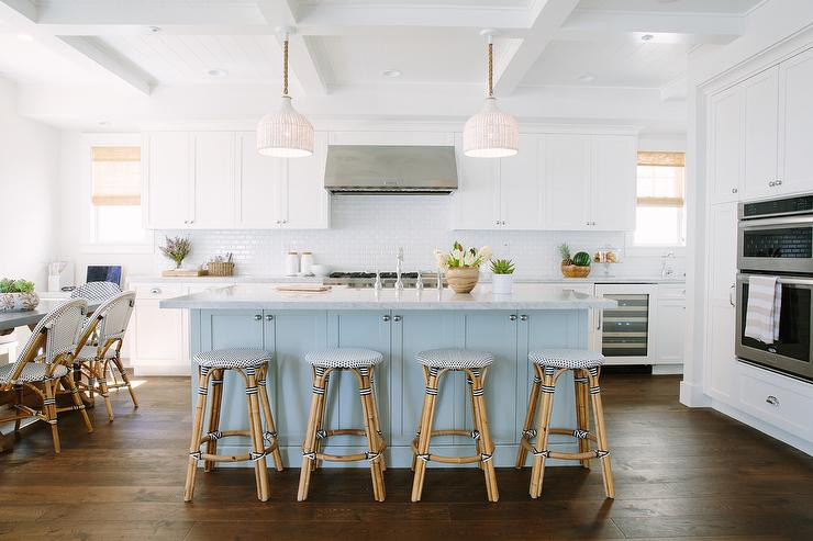 What Size Stool For A Kitchen Island