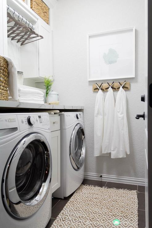 Gray Laundry Room Walls With Gray Slate Floors