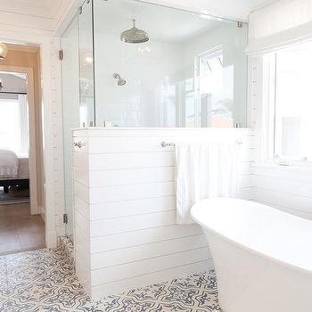 Shiplap Shower Surround Design Ideas
