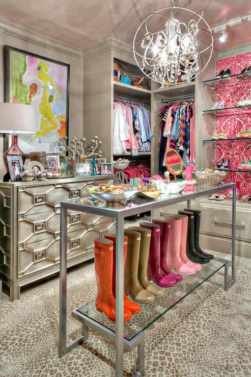 Pink And Gray Walk In Closet Design Ideas