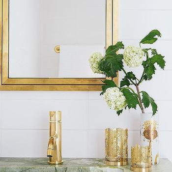 Etonnant Antique Brass Framed Inset Medicine Cabinet With Antique Brass Spigot Faucet