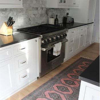 White Shaker Cabinets With Honed Absolute Granite