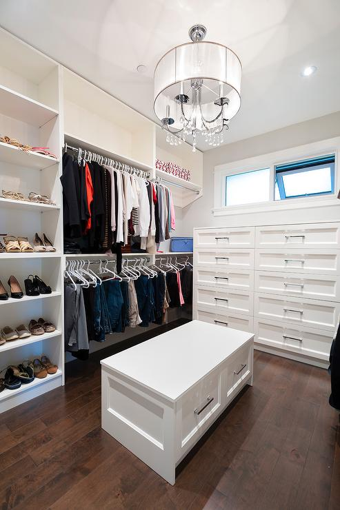 Walk In Closet With Storage Bench With Drawers