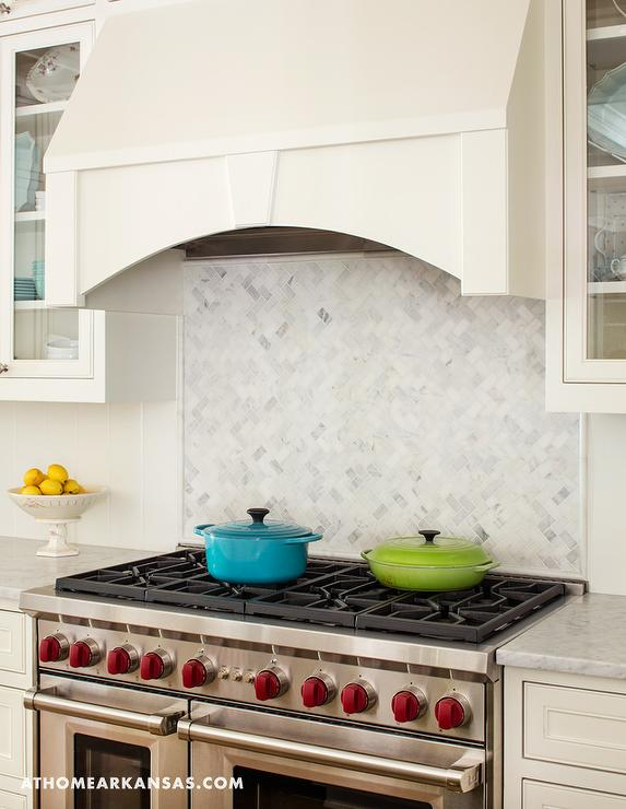 Vertical Herringbone Backsplash Tile Design Ideas