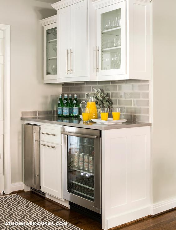 Kitchen Bar with Gray Subway Tile Backsplash - Contemporary - Kitchen