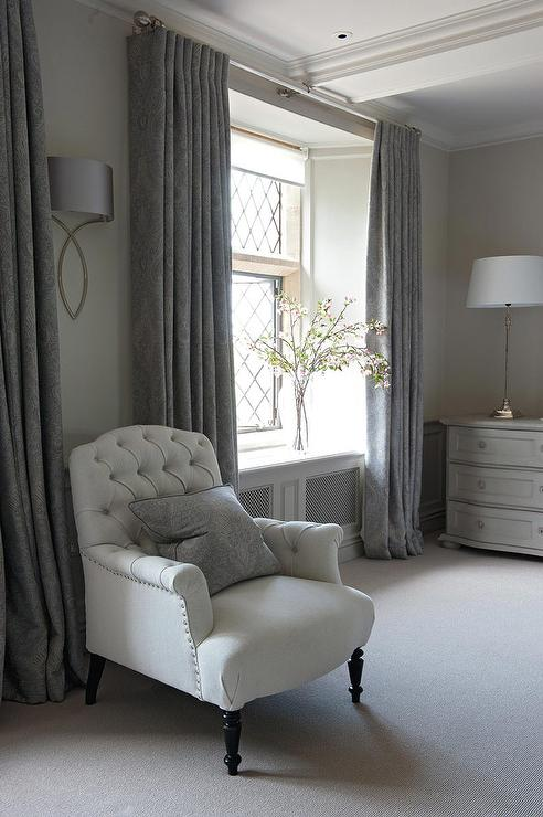Merveilleux Gray French Bedroom With Dark Gray Curtains