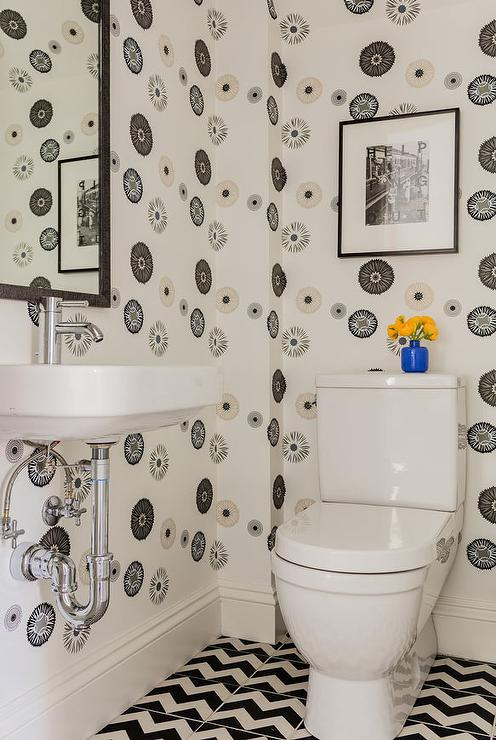 Black and White Tiles Contemporary bathroom Denai