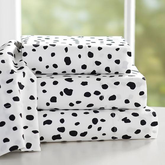 The Emily And Meritt Black And White Leopard Dot Sheet Set
