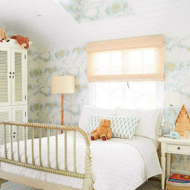 Cottage kids bedroom with vintage world map wallpaper for Vintage bedroom wallpaper