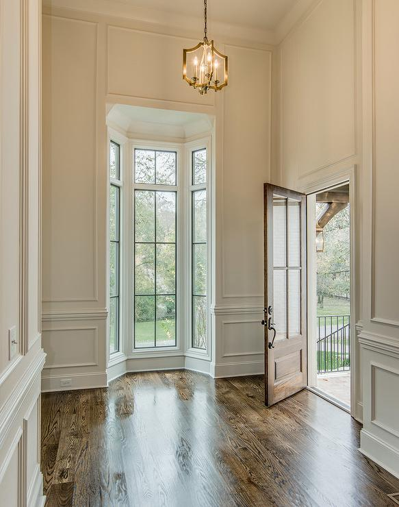 Foyer Window Molding : High foyer ceiling with bay windows cottage entrance