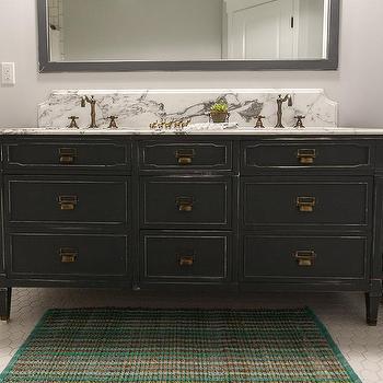 Distressed Vintage Bathroom Vanity Design Ideas