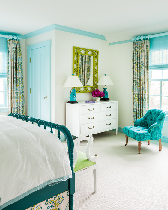Blue Teen Girl Bedroom with Turquoise Blue Crown Moldings ...