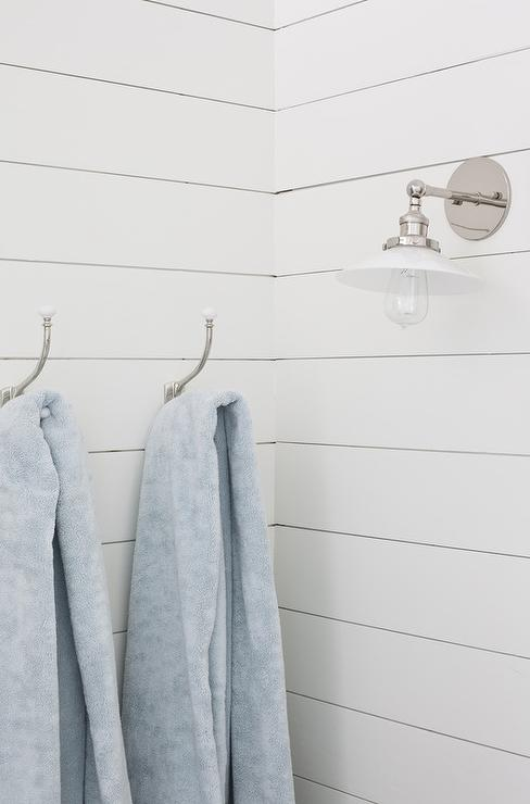 Attrayant White Shiplap Bathroom Wall With Vintage Towel Hooks