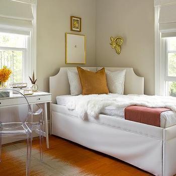 Left Corner Daybed Design Ideas