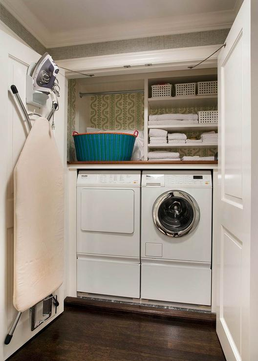 Closet With Washer And Dryer Design Ideas