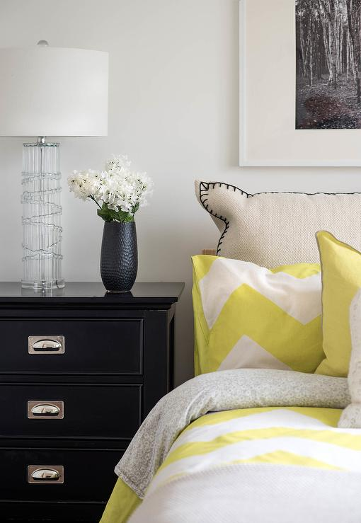 Yellow and black bedroom with yellow chevron bedding contemporary bedroom for Black white and yellow bedroom