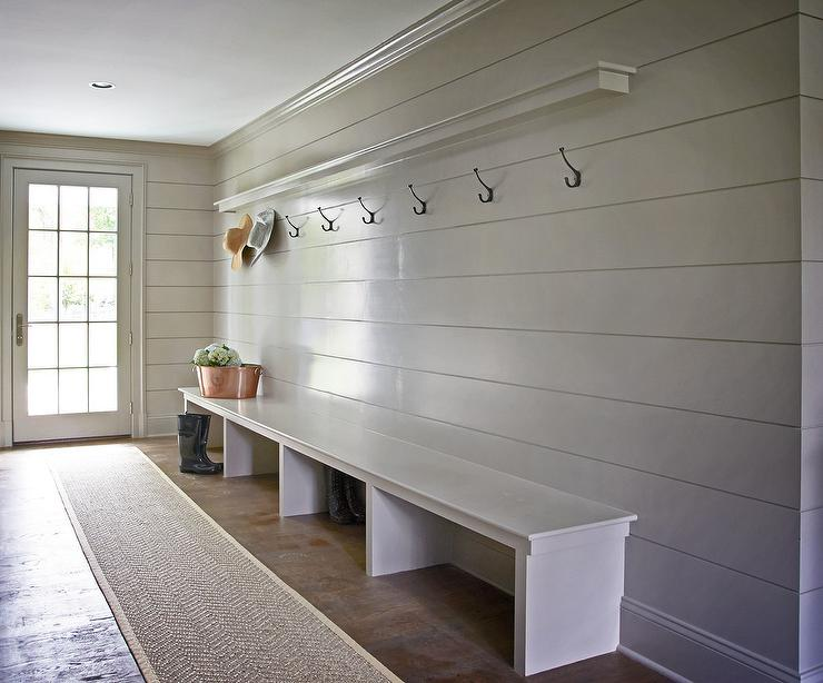 Long Mudroom Design Ideas