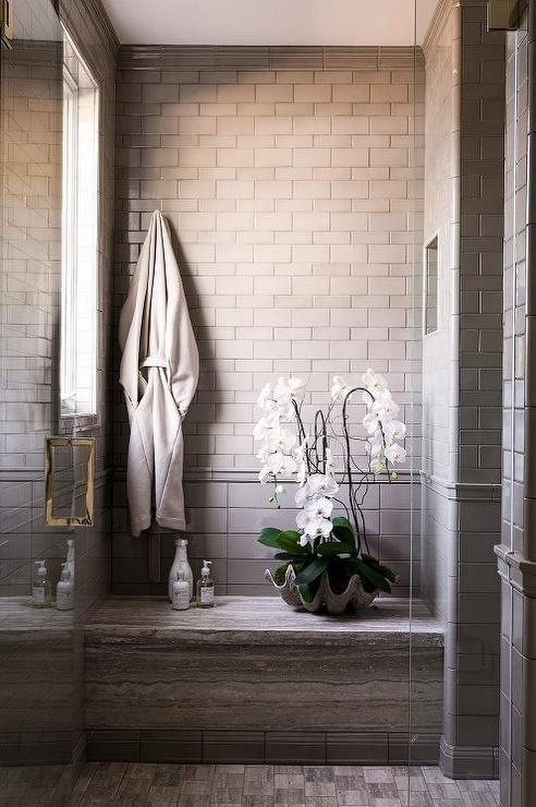 Shower Tile Mix : Shower with mixed tiles design ideas