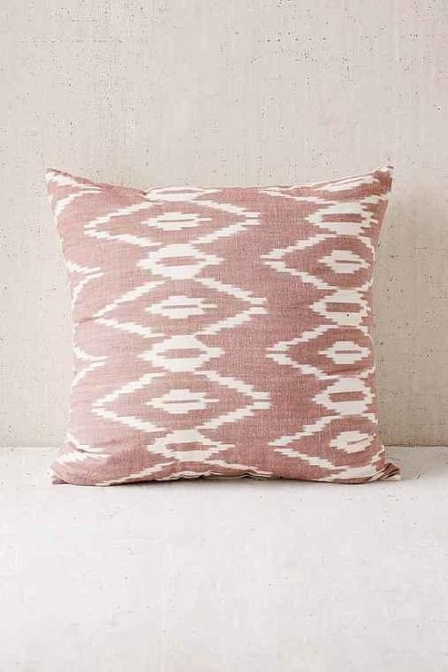 Preferred Alyssa Mauve Ikat Pillow RY42