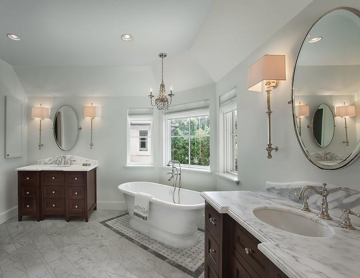Long Master Bathroom With Washstands Facing Each Other