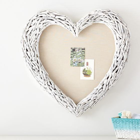 White Driftwood Heart Pinboard