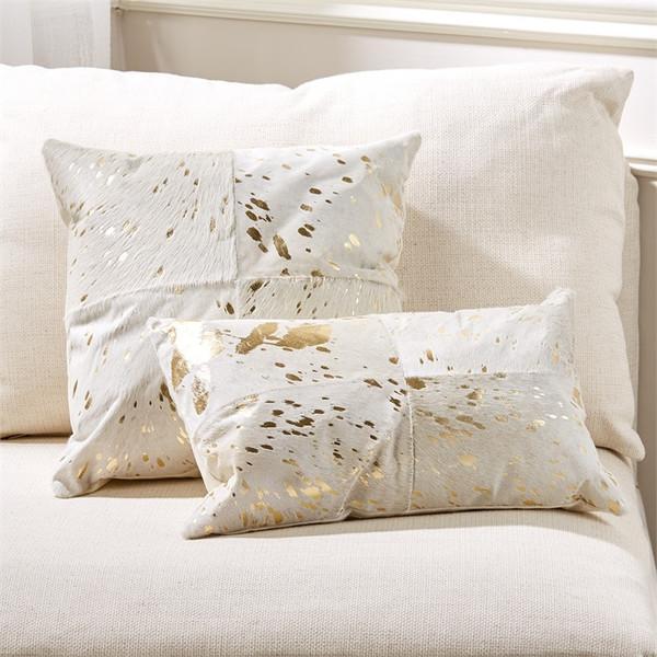 GOLD SCALLOP PILLOW I Caitlin Wilson Textiles
