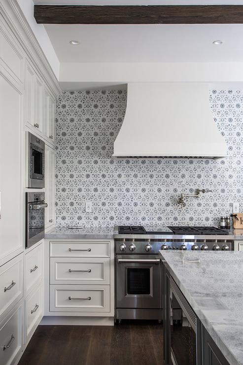 Ivory Kitchen Cabinets with Gray Walker Zanger Mosaic Tiles