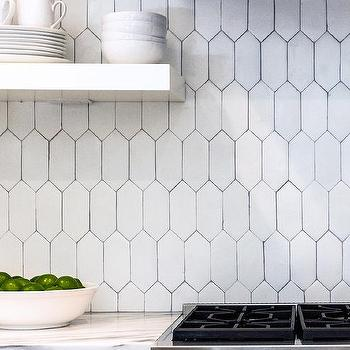 Picket tile backsplash