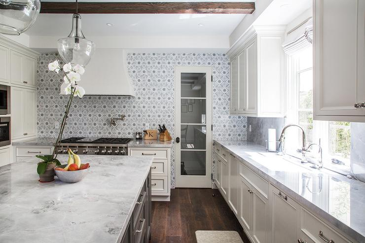 Ivory Kitchen Cabinets With Gray Flower Mosaic Tile