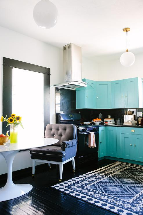 Turqoise Kitchen: Turquoise Blue Kitchen Cabinets With Glossy Black Floors