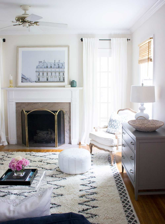 Transitional Living Room Sherwin Williams Shoji White