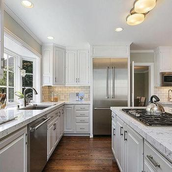 Great Two Toned Traditional Kitchen With Benjamin Moore Edgecomb Gray.  Transitional