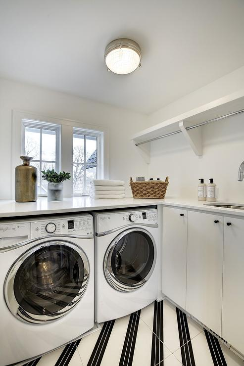 Laundry Room Drying Racks Design Ideas