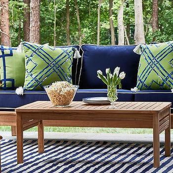 Ideas For Outdoor Pillows: White And Blue Outdoor Pillows Design Ideas,