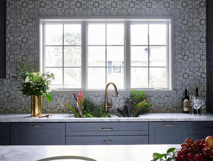 Gray Mosaic Kitchen Backsplash That Goes All The Way Up To