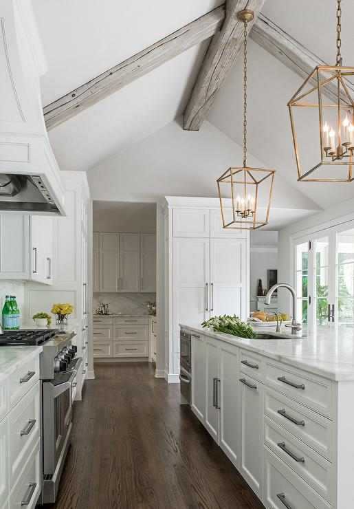 Dreaming Of A White Kitchen: 10 Great White Kitchens